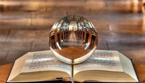 Consulta si o no a la bola de cristal