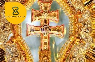 cruz de caravaca oro