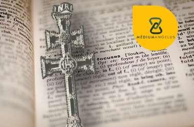cruz de caravaca significado