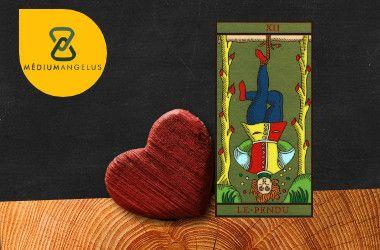 el colgado tarot significado en el amor