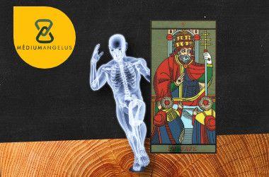 el sumo sacerdote tarot significado en la salud