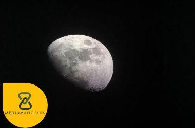 magia de la luna diseminante