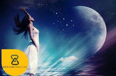 magia de la luna gibosa